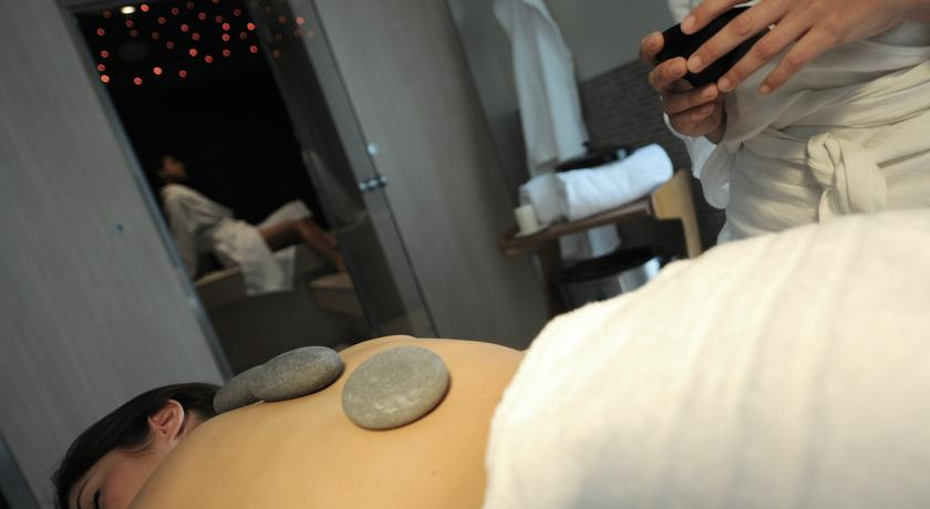 ziba-wellness-spa-massaggio