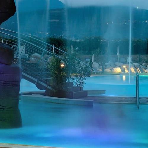 Le terme di lazise sirmione e verona i migliori centri for Cabine al lago della piscina di joe
